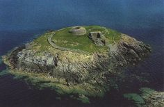 Church Island, Co. Kerry, this tiny Early Christian site contains an oratory, clochán, holy well & shrine.