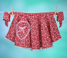 Vintage inspired hostess apron.  Cuuuute!!!