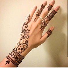 "212 Likes, 11 Comments - Veronica Krasovska (@veronicalilu) on Instagram: ""#myfavorite #mehndi #indian #henna #hennaart #янемогунасмотреться """