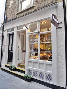 I love how this cafe puts its product for view from the window, and its effective use of white making the inside stand out. Bageriet Swedish Café & Bakery @ Covent Garden, London