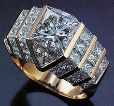 Bez diamond is a square brilliant stone with 49 facets. Won the De-Beers award ATW Quadrillion ring Diamond Jewelry, Gold Jewelry, Jewelry Rings, Jewelry Accessories, Fine Jewelry, Diamond Rings, Jewlery, Bijoux Design, Schmuck Design