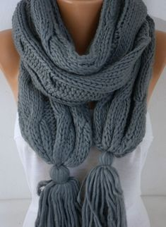 Gray Scarf Mother's Day Gift Winter Accessories Shawl por fatwoman
