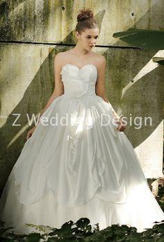 ZWEDDING Blooming Tale 2   #zwedding #designergowns #designers #fashion #couture #wedding #bridalgowns #bridal #zweddingsg #zweddingsingapore #singapore #weddinggowns #gowns #weddingdress