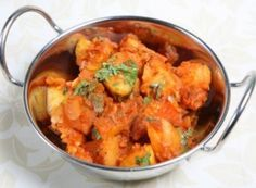 bombay aloo recipe, a delicious potato side dish with tumeric, garlic, and masala, usually eaten with other curries and rice