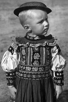Slovakian Boy, Kroje Dobra Niva Slovakia 1953 by Karel Plicka Free Black, Folk Costume, My Heritage, World Cultures, Beautiful Children, Fashion History, Traditional Dresses, People Of The World, Clothes