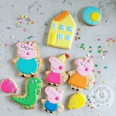 Peppa Pig Family Cookies by Busybee0715 on Etsy
