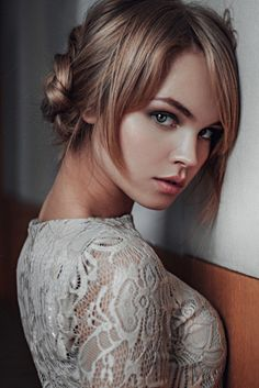 Feminine beauty eyes of photographers, artists and filmmakers. The best images of the most beautiful girls from around the world Beautiful Eyes, Most Beautiful Women, Simply Beautiful, Gorgeous Girl, Girl Face, Woman Face, Girl Body, Pure Beauty, Beauty Women