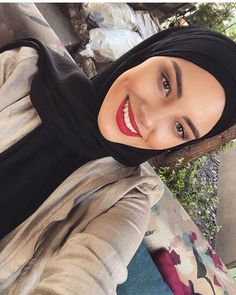 One trend, ascribable to persistent scarcity, is a small but significant increase in Samaritan kidney. Girl Photo Poses, Girl Photos, Modest Fashion, Hijab Fashion, Love Makeup, Makeup Looks, Jheri Curl, Hijab Makeup, Hanging Hats
