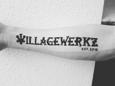 #henna #neha_mehandi #temporäres_tattoo #temporary_tattoo #henna_by_rinkitoku #Villagewerkz #teamvillagewerkz #nieohnemeinTeam #carslover #cartuning #arm #font