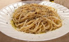 "Literally ""cheese and pepper"", this minimalist cacio e pepe recipe is like a stripped-down mac and cheese. Cacio E Pepe Recipe, Melted Cheese, Vegetarian Cheese, How To Cook Pasta, Mac And Cheese, Pasta Dishes, Bon Appetit, Delish, Spaghetti"