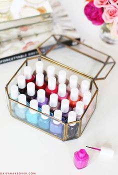 7 Pretty Ways to Show Off Your Nail Polish Collection. I love these ideas and may use them to display my nail polish collection and keep the tools organized with the polishes. Opi Blue Nail Polish, Color Club Nail Polish, Summer Nail Polish, Nail Polish Hacks, Nail Polish Storage, Nail Polish Crafts, Dry Nail Polish, Nail Polish Designs, Organize Nail Polish