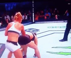 Ronda Rousey Knocked Out By Holly Holm With Kick To The Head