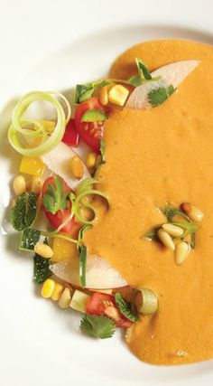 Summer Peach and Heirloom Tomato Gazpacho Recipe. This healthy soup is great for any dinner.