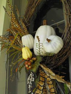 fall decorating ideas for outside | Thanksgiving Door Decoration Ideas | Outdoor Thanksgiving Decorations