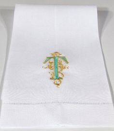 Venezia Monogrammed Linen Guest Towel. Also available as monogrammed napkins, placemats and table runners.http://bellalino.com/Monogram%20Guest%20Towels/venezia_guest_towels.htm