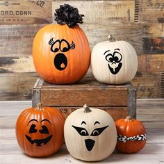 Halloween Vinyl Pumpkin Faces - Set of 4 Halloween Vinyl, Halloween Pumpkins, Fall Halloween, Halloween Crafts, Holiday Crafts, Halloween Decorations, Halloween Ideas, Halloween Painting, Outdoor Decorations