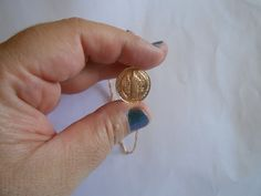 Corrente com medalha folheada a ouro São Bento estampada.    50 cm pingente 2 cm. Belo presente maravilhoso, um talismã !!! R$ 41,00