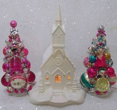 Vintage LARGE ceramic lighted church! BEAUTIFUL!!!
