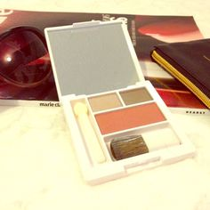 """Clinique Eyeshadow and Blush Compact Clinique eyeshadow duo, """"Starlight Starbright"""" (Shimmery Nudes), and Blush, """"Fig"""" compact, complete with applicators. New, never used or swatched. Clinique Makeup Eyeshadow"""