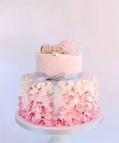 Baby Shower Cake 33 Unique Christening Cake Ideas with Images Baby Girl Christening Cake, Baby Girl Birthday Cake, Special Birthday Cakes, Frozen Birthday Cake, Baby Girl Cakes, Birthday Wishes, Princess Birthday, Birthday Ideas, Cake Baby
