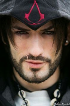 Ezio cosplay by Leon Chiro - this is really good... I like it when cosplayers actually look like the characters
