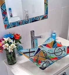 Slumped Glass, Fused Glass Art, Mosaic Glass, Stained Glass, Ideas Baños, Mirror Crafts, Glass Sink, Glass Installation, Wine Bottle Crafts