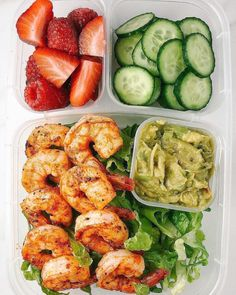reat post by Lunch Box inspo 💫🍱💫 Simple & Delicious ideas. which is your favourite? ⠀ You guys loveeed the last Lunch Lunch Meal Prep, Healthy Meal Prep, Healthy Snacks, Healthy Eating, Healthy Recipes, Healthy Foods To Make, Vegan Lunch Recipes, Healthy Food To Lose Weight, Healthy Lunches