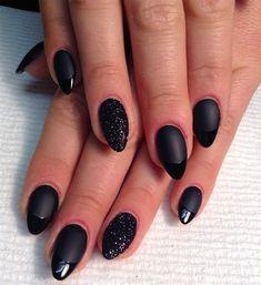 Nails Art Black Minimal Ideas For 2019 Uv Gel Nails, Glitter Nails, Acrylic Nails, Glitter Dust, Nail Art Designs, Black Nail Designs, Matte Nail Art, Matte Black Nails, Accent Nails