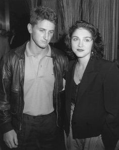 Sean Penn And Madonna, they were married in the Madonna Rare, Madonna Music, Celebrity Couples, Celebrity Pictures, Celebrity Weddings, Madonna 80s Outfit, Verona, Madonna Photos, Sean Penn