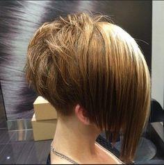 Stylish Short Bob Hairstyle for Straight Hair - Women Haircut Ideas
