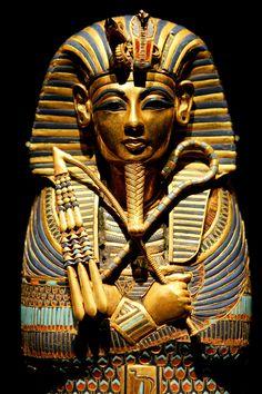 Usted se puso: Egipto antiguo Usted es el refrigerador que Cleopatra y fabuloso como Tutankhamun. Usted es un soñador que piensa grande y actos más grandes. ¡Después de todo, una vida de lujo es magnífica, pero la gente le recuerda en la vida después de la muerte por el tamaño de su pirámide! como el vídeo de música de caballo oscuro de la sidra de peras katy tan se enfrían