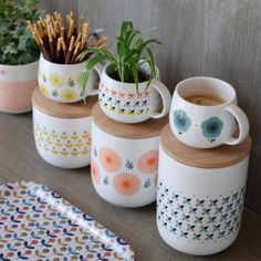 Bei uns im Shop: Mr&Mrs Clynk Deco App, Mr Mrs, Retro Home, Deco Table, Pottery Painting, Interior Design Living Room, Decoration, Home Furnishings, Home Accessories