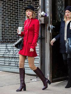Taylor Swift triunfa con su estilo 'ecuestre' en las calles de Nueva York