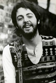 Linda Mccartney, John Lennon Paul Mccartney, John Lennon Beatles, Paul Mccartney Beard, Stella Mccartney, Ringo Starr, George Harrison, The Magical Mystery Tour, Blues