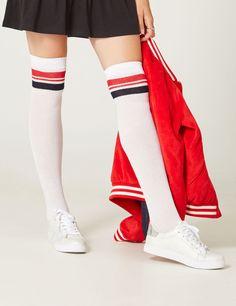 1d23a82768f 54 meilleures images du tableau Style chaussettes hautes