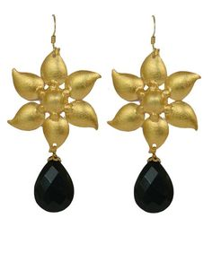 Black Onyx Stone with Gold Plated Silver Earring - www.silvercentrre.com  Product Code: SCW56