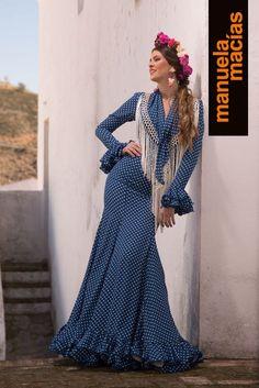 Colección de trajes de flamenca, vestidos de gitana, Moda flamenca, diseñadora Manuela Macías Flamenco costume design San Bartolomé de la Torre Huelva