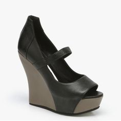 Camilla Skovgaard  Moon Wedge Shoe In Black & Dust