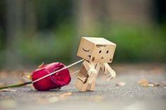 Os sonhos não vêm em vão. Ilusões nem sempre são ruins. Assim como o amor, o desamor também faz sofrer. Tudo é muito simples, o complicado é ter simplicidade.