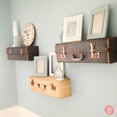 DIY Suitcase Shelves: an awesome unique upcycle/vintage decorating solution!