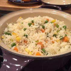 Arroz blanco con verduras @ allrecipes.com.mx