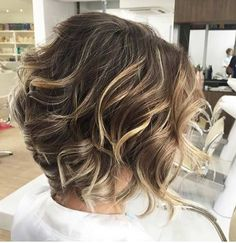 Inverted shattered beach wave bob