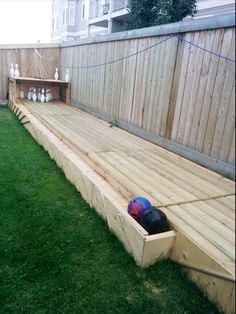DIY Pallets Bowling Alley Project | 99 Pallets