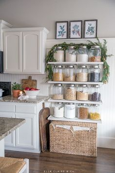32 Modern Rustic Farmhouse Kitchen Decor Ideas, Be sure to think about your requirements and what is going to work best for your kitchen prior to making your purchase. A farmhouse kitchen is connect. Farmhouse Style Kitchen, Rustic Farmhouse Decor, Rustic Kitchen, New Kitchen, Farmhouse Kitchens, Modern Farmhouse, Vintage Farmhouse, Farmhouse Ideas, Rustic Decor