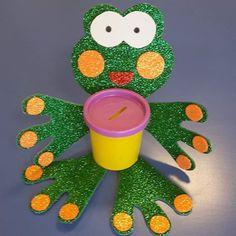 #kurbağa#kumbara#frog#moneybox#okuloncesietkinlik#etkinlik#sanaterkinligi#etkinlikpaylasimi#anasinifietkinlik#anasinifi#okuloncesi#okulöncesisanat#preschoolart#art#artkids#kidscraft#kidsactivity#kidsart Kendime yaptığım örnek. Ayrıntılar için 😊