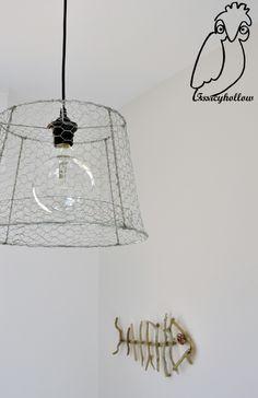 #Lampadario di #rete da #conigliera, #chicken #wire #chandelier