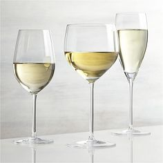 Great wines deserve the right glass to bring out their distinct aromas and tastes. Our Vineyard wine glass collection offers a suite of glasses, each crafted with specially shaped bowls to enhance the enjoyment of wines. Each elegantly shaped glass is handcrafted by highly skilled European glassmakers.