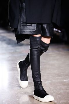 Rick Owens Fall 2014 Ready-to-Wear Fashion Show