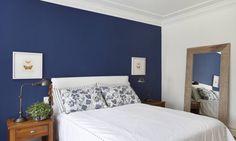 Explorado em paredes, ladrilhos, armários e acessórios, o azul é o 'hit' desta estação - Jornal O Globo