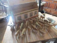 Antique-Folk-Art-Noahs-Ark-with-Hand-Carved-Animals-c-1900-WS1002845